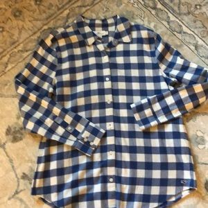 Vineyard Vines check Flannel NWOT, 10, perfect !